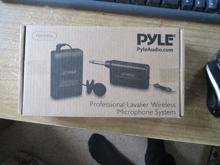 NEW PylePro PDWM96 Lavalier Wireless Microphone System